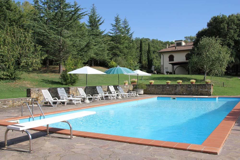 Tuscany villa large swimming pool