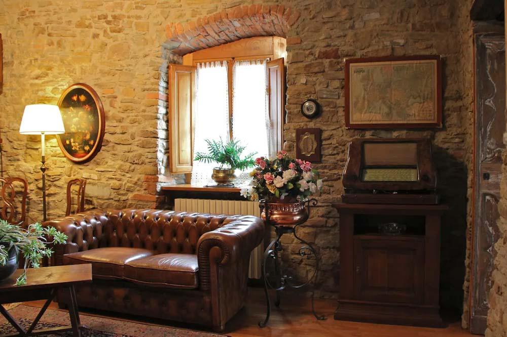 Tuscany villa countryside