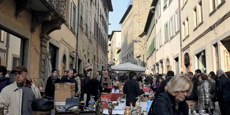 Mercatino antiquariato Arezzo