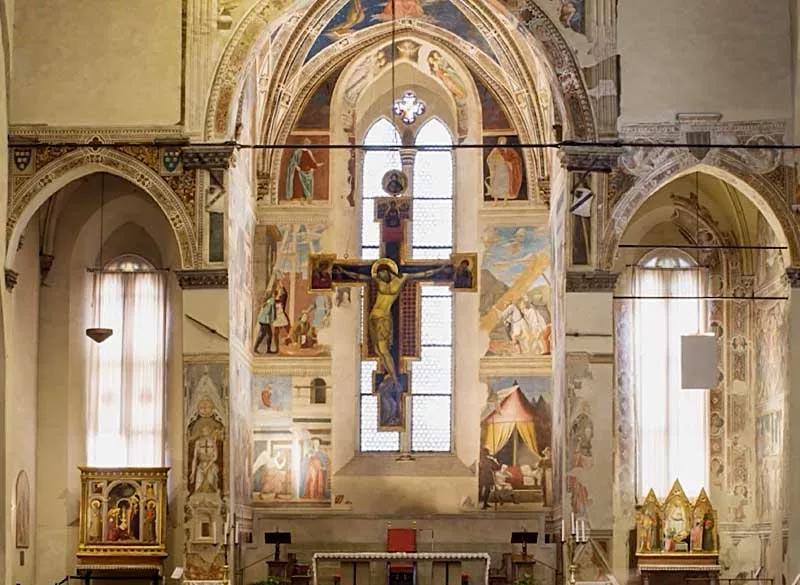 hote-vicino-affreschi-piero-della-francesca